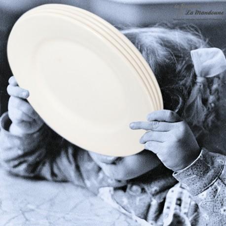 4 assiettes plates blanc-cassé Digoin Sarreguemines, 1920 - 1950