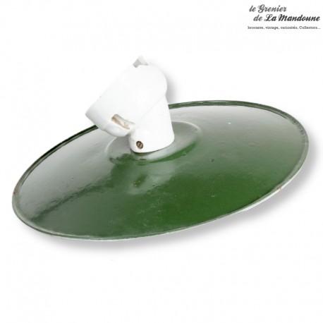 Suspension en tôle émaillée verte, gamelle avec douille en porcelaine vintage