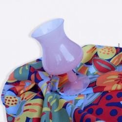 Vase ancien sur pied en opaline vieux rose