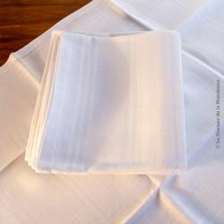 12 serviettes de table anciennes damassées ligne