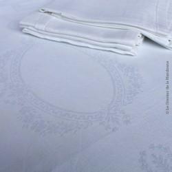 5 serviettes de table anciennes damassées médaillon