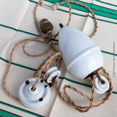 Ancien monte et baisse en porcelaine pour lampe plafond en porcelaine et laiton