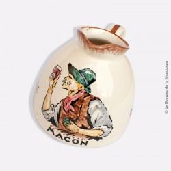 Pichet à vin de Mâcon en faïence de Charolles