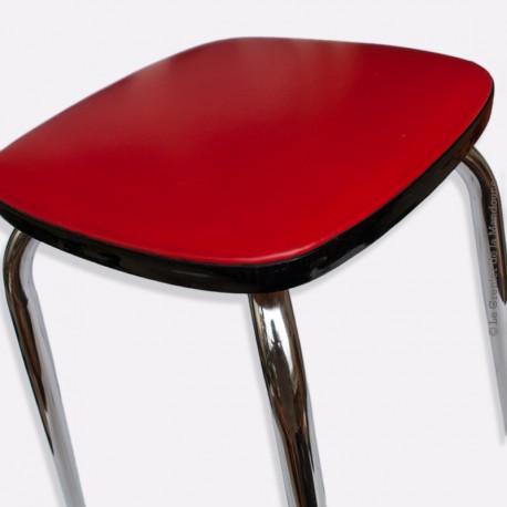 Tabouret vintage en skaï rouge pied acier chromé