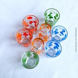 8 verres à liqueur, années 70, motifs bulles, bleu, vert, orange et jaune