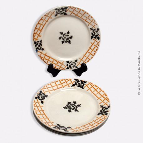 4 assiettes plates Badonviller France, modèle ROSCOFF 1900 - 1905
