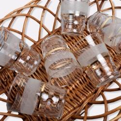 Lot de 6 petits verres granités blanc et liserés dorés vintage année 60