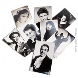Lot de 8 Cartes Postales de chanteurs français. Studio Harcourt, Sam Lévin, Staval, Roger Carlet, R. Kahan, Carlet Ainé