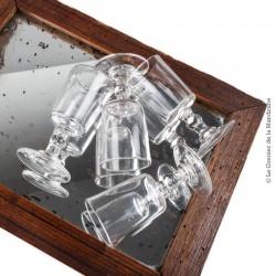 4 petits verres 19ème ou début 20ème siècle, en verre soufflé / moulé