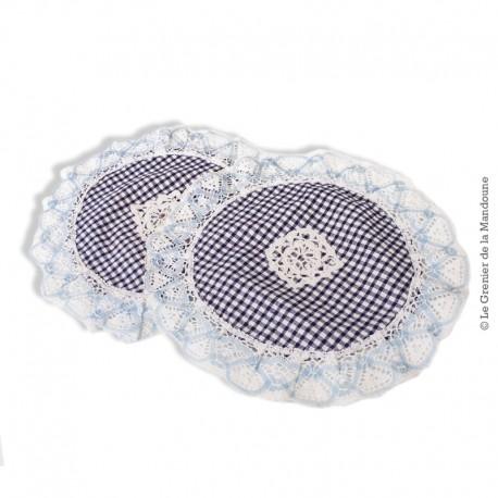 2 petits napperons ronds vintage, coton et dentelle