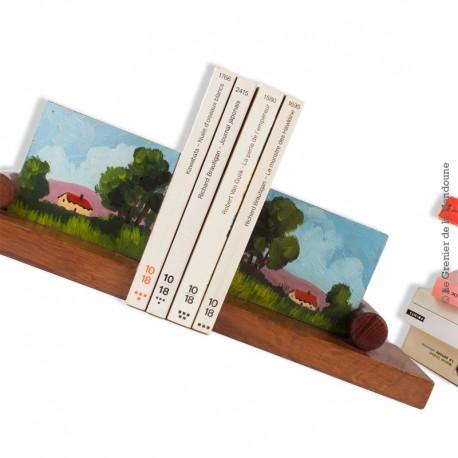 Le Grenier de la Mandoune. Paire de serre livres ébénisterie d'art, décor paysage champêtre peint à la main