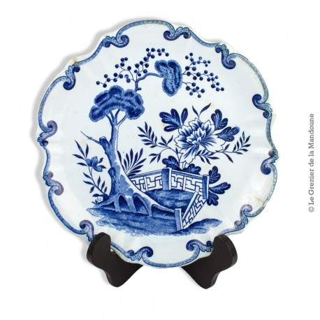 Le Grenier de la Mandoune. Assiette en faïence de Creil et Montereau, modèle Hollandais Terre de Fer