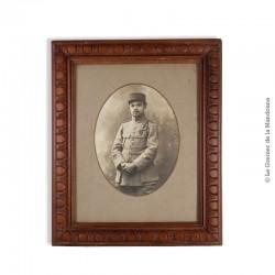 Portrait photographique d'1 caporal décoré de la Croix de Guerre avec 2 citations. Vers 1915 / 1916