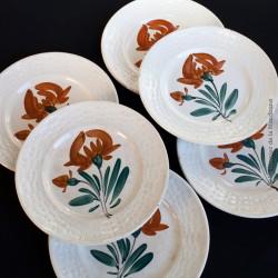 6 Anciennes assiettes dessert Faïencerie Nouvelle GIVORS FRANCE. Décor fleur peinte à la main