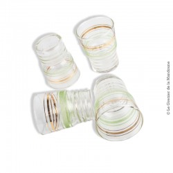 Le Grenier de la Mandoune. Lot de 4 petits verres granités vert & or vintage année 60