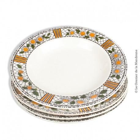 Le Grenier de la Mandoune. 4 assiettes creuses HB CM, collection Elisabeth, Faïence de Choisy-le-Roi entre 1929 et 1955