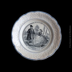 """Ancienne assiette parlante faïence de Clairefontaine R&S série """"Les petites dames"""""""