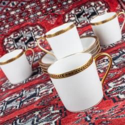 Le Grenier de la Mandoune. 4 tasses à café Porcelaine de Limoges Charles Ahrenfeldt, vers 1930
