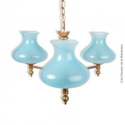 Ancien beau lustre suspension en laiton doré + 3 tulipes en verre opaline bleu