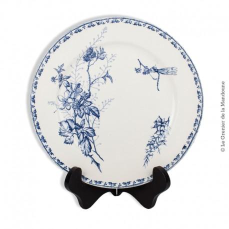 Le Grenier de la Mandoune. Ancienne assiette Carmen Terre de fer décor Libellule, de Sarreguemines. 1875 - 1900