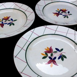 3 Assiettes plates, GIEN Collection TAMARIS, Décoré à la main. 1938 - 1960