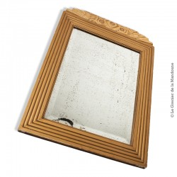 Le Grenier de la Mandoune. Ancien miroir biseauté, cadre bois, style art déco 75 x 53,5 cm