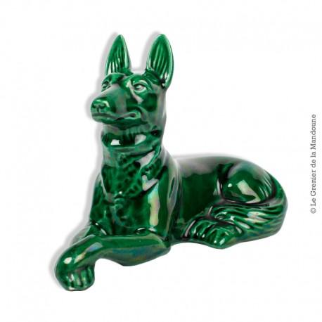 Le Grenier de la Mandoune. Statue Chien Berger Allemand Vert en Faïence émaillée Saint Clément. French Art Déco