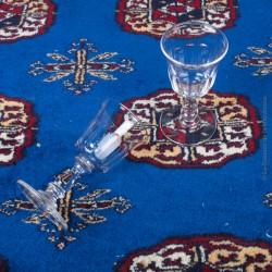 Le Grenier de la Mandoune. 2 Anciens Verres à liqueur en cristal taillé à facettes