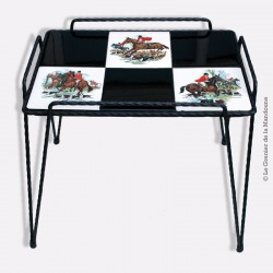 Table basse vintage fer forgé / GIEN carreaux faïence Chasse à courre