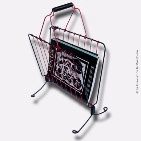 """Porte-revues en métal et """"scoubidou"""" rouge & noir, vintage"""