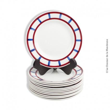 12 assiettes à dessert Creil et Montereau H.B.C.M France, modèle Béarn