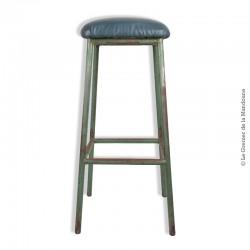 ancien tabouret haut d 39 atelier en m tal assise recouverte de skai vert. Black Bedroom Furniture Sets. Home Design Ideas