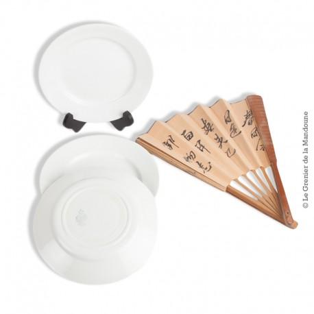 Le Grenier de la Mandoune. 4 assiettes blanches Opaque LUNEVILLE France. Fin 19ème