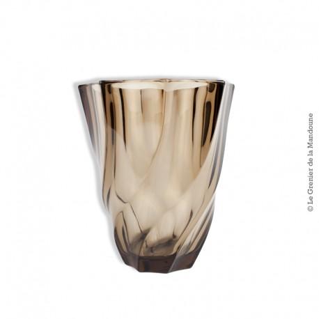 Le Grenier de la Mandoune. Vase vintage en verre marron 70's. France
