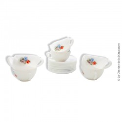 9 tasses avec soucoupes vintage ARCOPAL décor fleur d'hibiscus