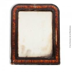 Petit miroir style Louis-Philippe à décor imitation bois de loupe. French Antique