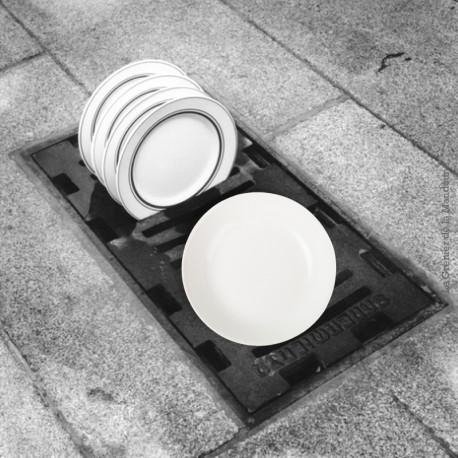 Le Grenier de la Mandoune. 3 assiettes calottes blanches Digoin & Sarreguemines, 1920 - 1950