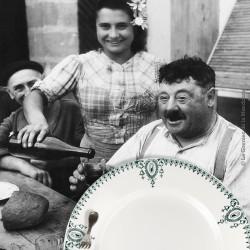 2 assiettes plates St Amand, Nouvelles Usines Céramique du Nord, n° 423 F. Made in France 1908 - 1962