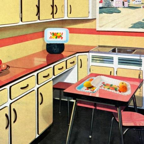 Le Grenier de la Mandoune. 2 Corbeilles scoubidou rectangulaire vintage, Motif fruits 1970