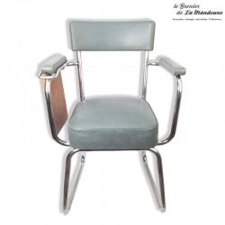 Le Grenier de la Mandoune. Chaise Industrielle avec accoudoirs et tablette