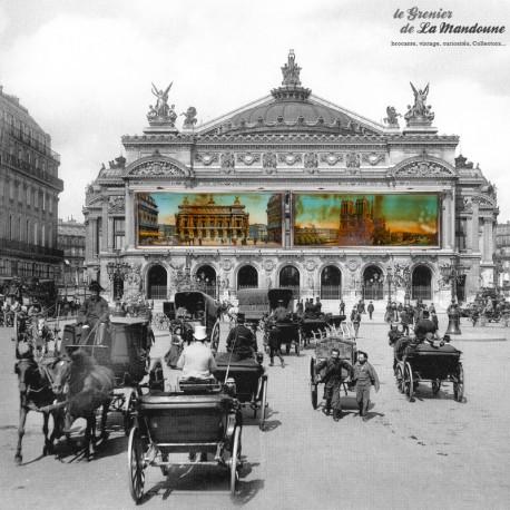 Le Grenier de la Mandoune. Paris, l'Opéra - Notre-Dame, Illustrations anciennes de Paris sous vitre. France vintage