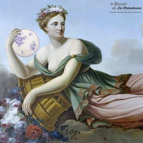 Le Grenier de la Mandoune. Lot de 3 assiettes FLORE, U et C Sarreguemines. French Antique